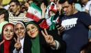 شبی که دختران به جای ریش، سه رنگ پرچم ایران را روی صورتشان کشیدند/کسی منقلب نشد، همه شاد و احساس غرور میکردند/انگار که قهرمان جهان شدهایم+
