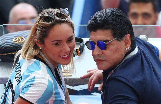مارادونا این بار با یک دختر 28 ساله ازدواج کرد +عکس