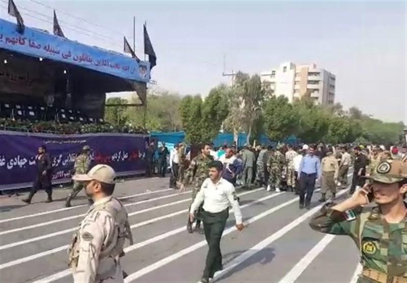حمله تروریستی به مراسم رژه نیروهای مسلح  بیش از ۲۰ شهید و زخمی   کشتهشدن ۲ نفر از مهاجمان+عکس