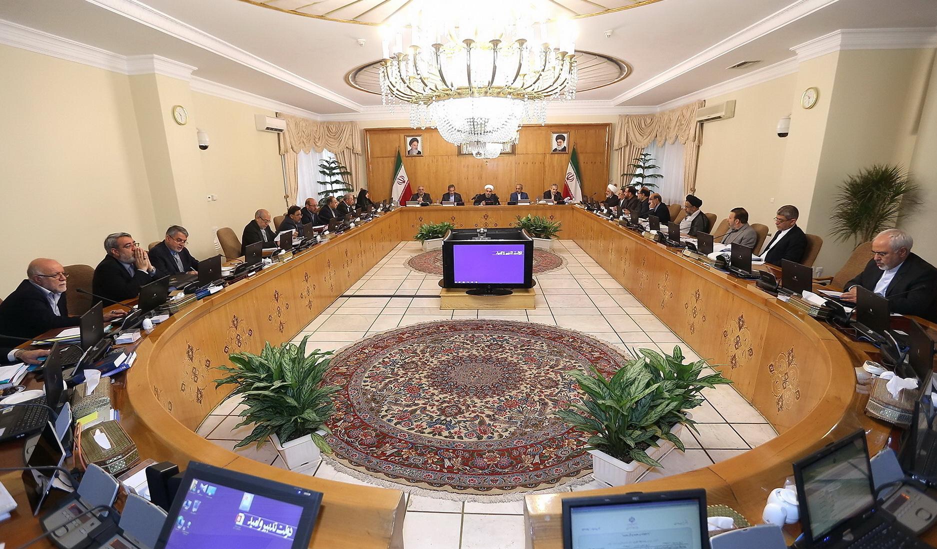 روحانی امروز وزرای پیشنهادی را به مجلس معرفی میکند| کدام وزرا در فهرست تغییر قرار دارند؟