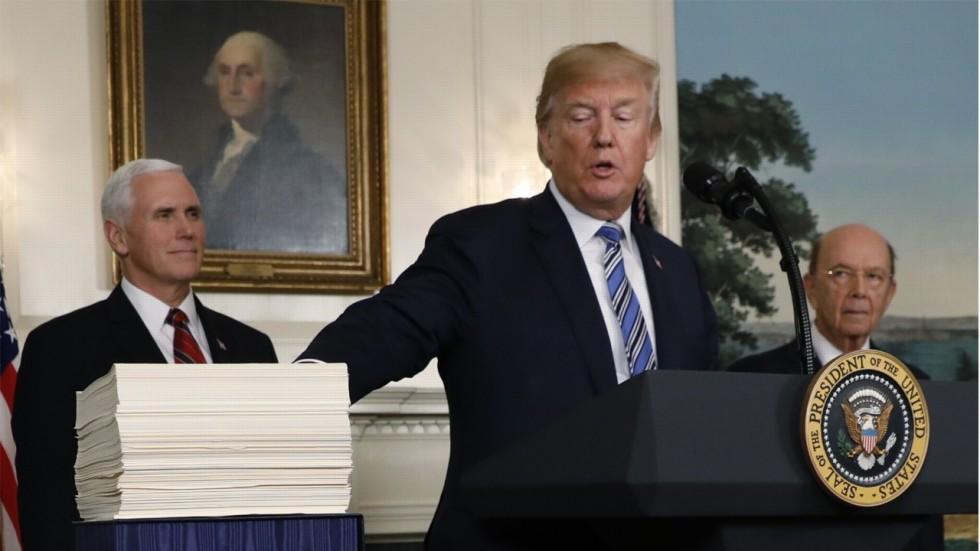 تهدید ترامپ: کشورهایی که از ایران نفت بخرند را زیر نظر خواهیم داشت| چین، ایران و همه میخواهند با ما توافق کنند