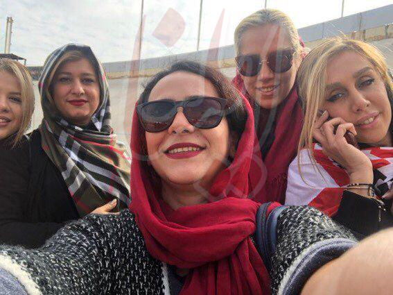 دختران پروین و خوردبین در ورزشگاه آزادی/عکس