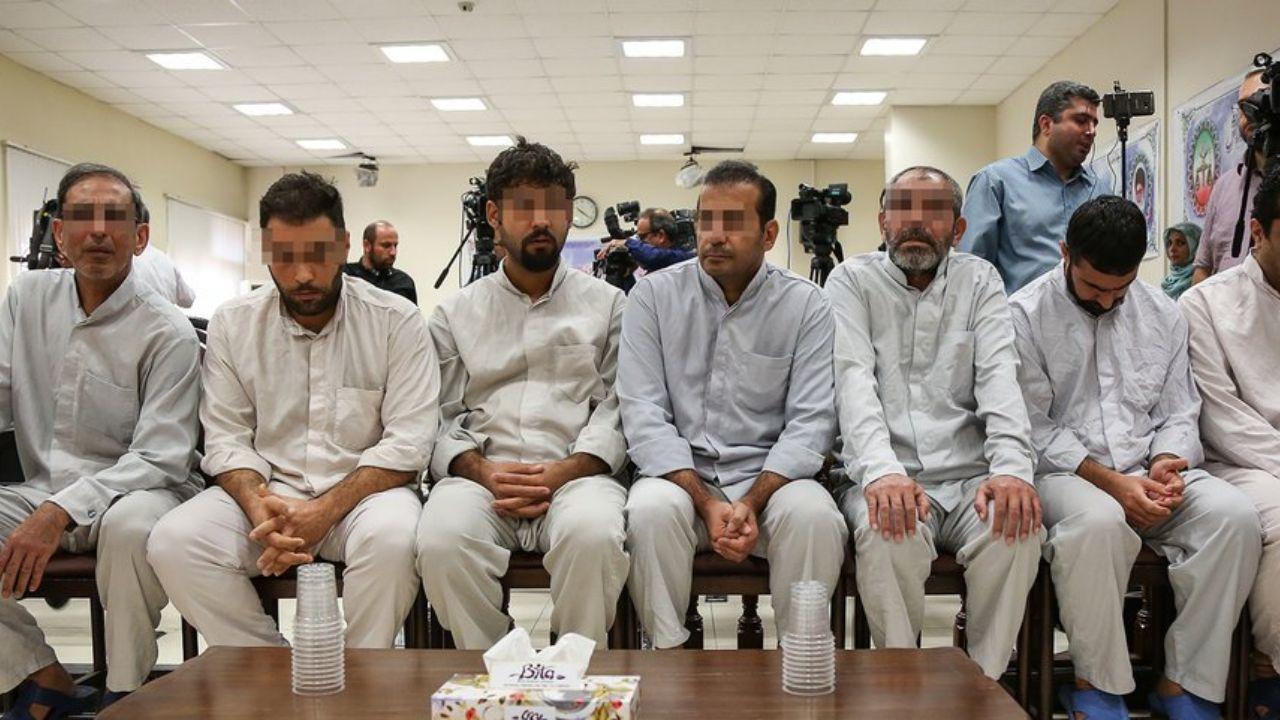 سحرگاه امروز حکم وحید مظلومین و محمداسماعیل قاسمی به اجرا گذاشته شد وحید مظلومین، معروف به سلطان سکه و همدستش، به جرم افساد فیالارض اعدام شدند