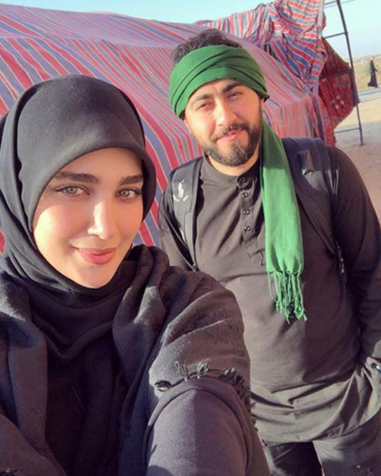 عکس: عروس سفیر و همسرش در راهپیمایی اربعین