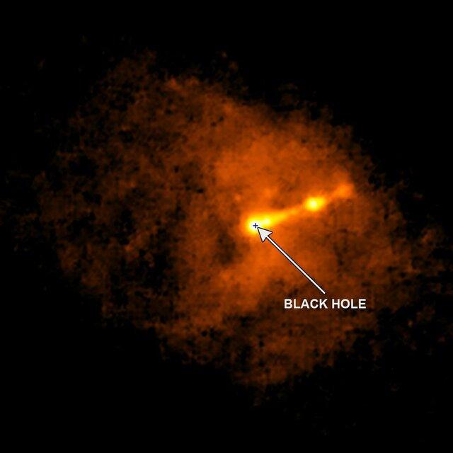 انتشار اولین عکس واقعی از یک سیاهچاله+تصویر