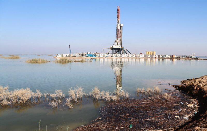 آبگرفتگی چاههای نفت در خوزستان| توقف تولید نفت در برخی از میادین نفتی به دلیل سیلاب