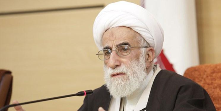 آیتالله جنتی: سفیر انگلیس باید از ایران اخراج شود