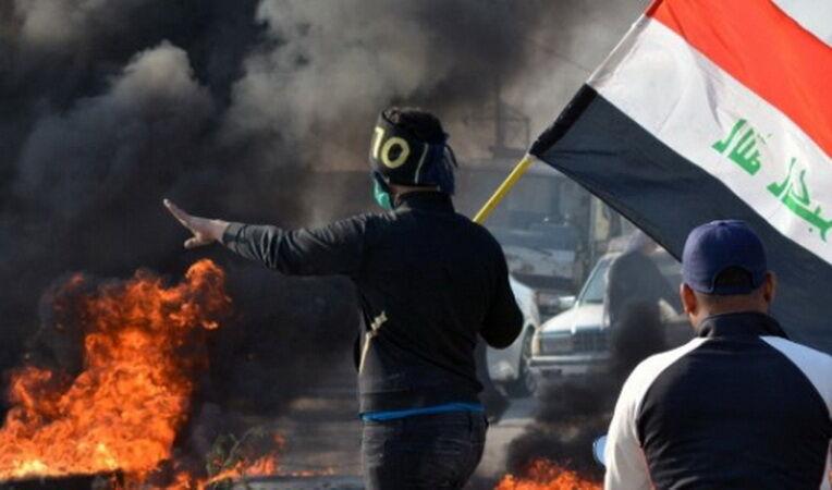 درگیری بین معترضان و پلیس بغداد/ 2 نفر کشته شدند