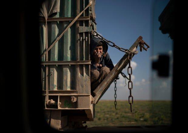 معرفی عکاس برتر سال 2019 به انتخاب گاردین / عکس