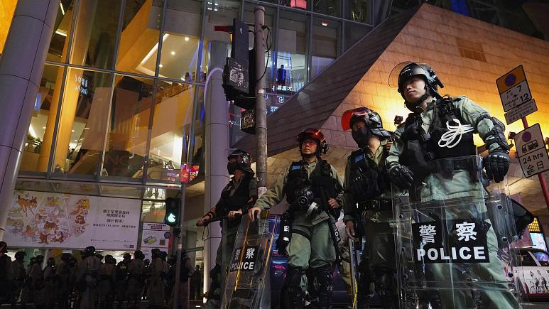 نیروهای پلیس هنگکنگ برای برخورد با اعتراضها چقدر اضافه حقوق گرفتند؟