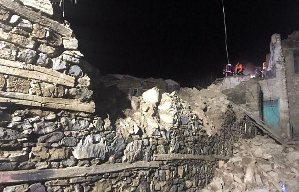 تعداد کشتههای زلزله ترکیه به ۱۹ نفر رسید