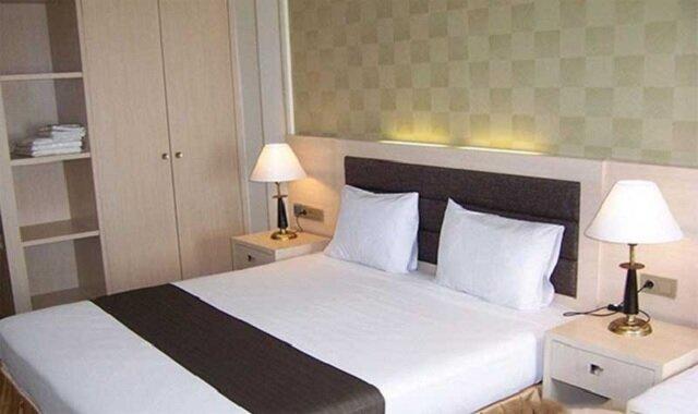 اقامت در هتلهای زیر 4 ستاره ارزانتر میشود