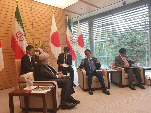 ظریف: ایران به دنبال درگیری در منطقه نیست اما از منافعش با قدرت دفاع میکند