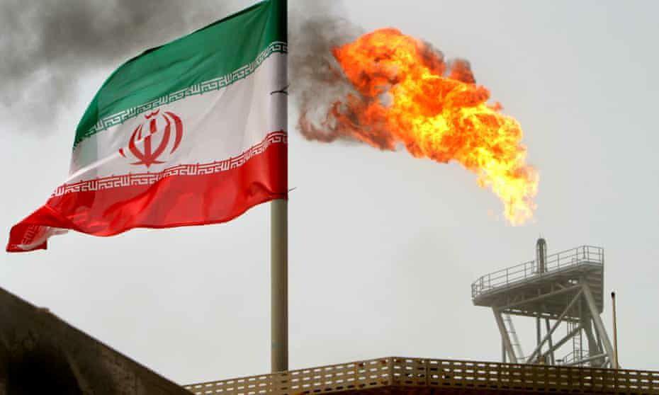 بازتاب گسترده عدم تمدید معافیت نفتی ایران| چه کسی سود میبرد و چه کسی ضرر میکند؟ خروج از برجام اکنون به نفع ایران است؟