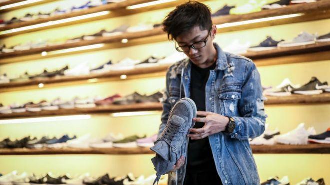 شرکتهای عظیم تولید کفش خواستار پایان جنگ تجاری آمریکا با چین شدند