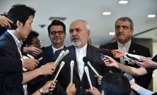 ظریف: منطقه شرایط بسیار دشواری را میگذراند| اقدامات خطرناکی در حال شکل گرفتن است| جامعه جهانی با تحریمها مقابله کند