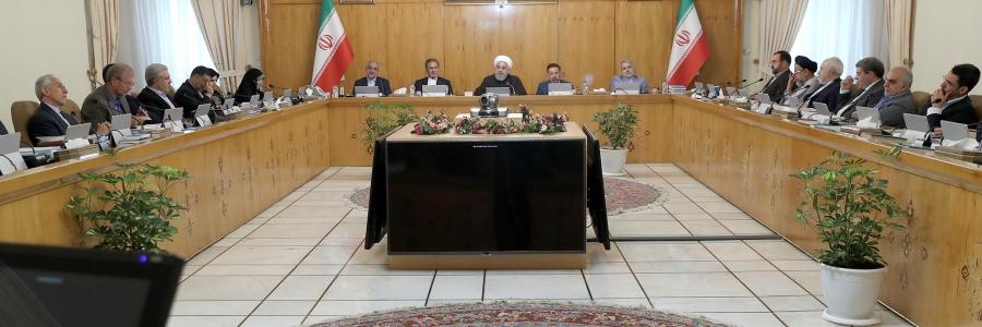 هشدار تند روحانی به انگلیس: توقیف نفتکش ایران بسیار سخیف و غلط بود| تبعات ناامنی در دریا را درک خواهید کرد| اروپا از آمریکا نگران باشد نه ایران| اگر غنیسازی بد است چرا خودتان غنیسازی میکنید