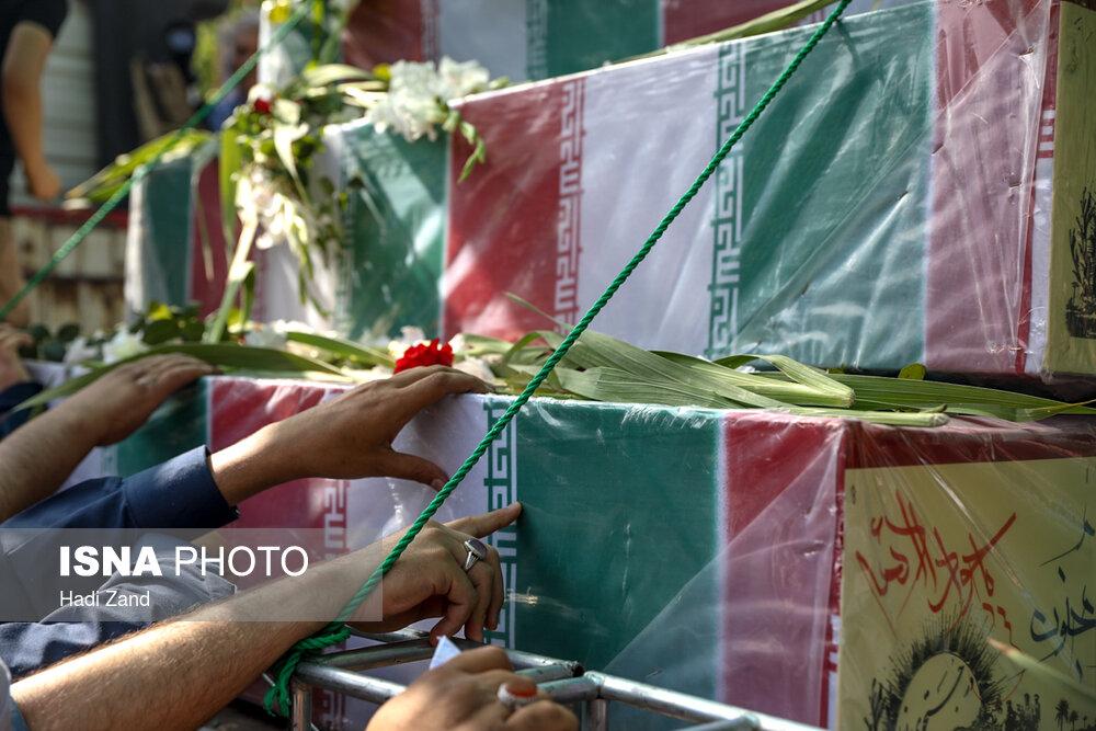 مراسم تشییع پیکرهای ۱۵۰ شهید برگزار شد+عکس