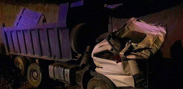 سقوط آزاد کامیون به گودالی در بزرگراه بابایی +عکس