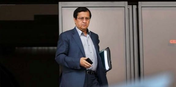 رئیس بانک مرکزی: از رهبری عذرخواهی کردم| چرا