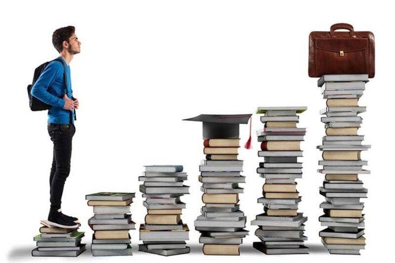 چه رشتهای انتخاب کنیم تا بیکار نمانیم؟ بیکارها در دانشگاه چه خواندهاند؟+رشتههای پرطرفدار