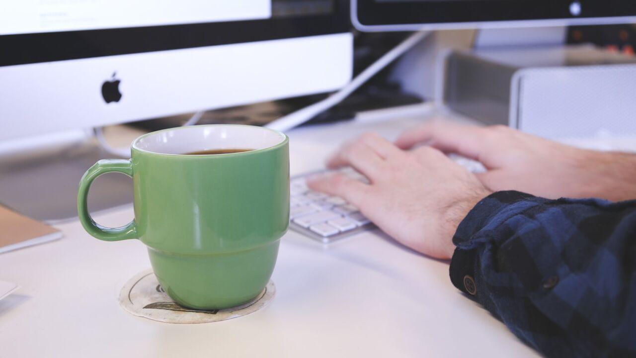 ۷ نکته ضروری درباره رعایت آداب معاشرت در محل کار