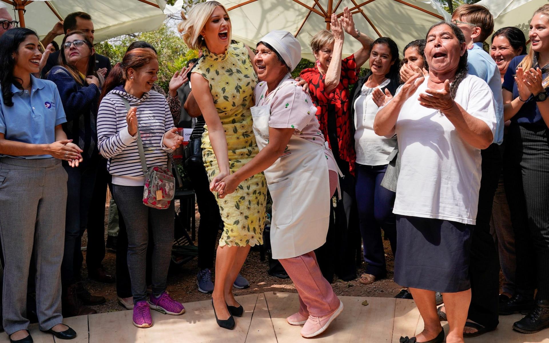 رقص ایوانکا ترامپ در پاراگوئه +تصاویر