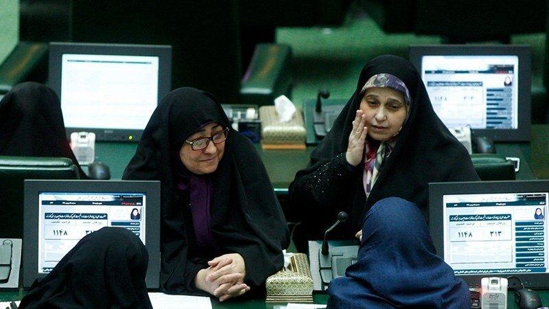 شایعهسازی پایداریها علیه نماینده زن مجلس