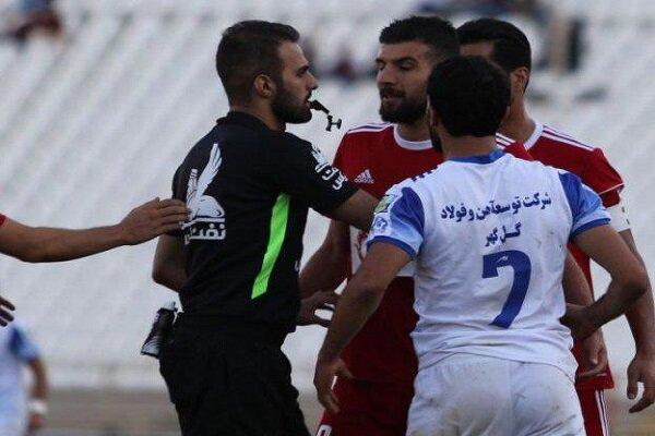درگیری خانزاده و برزای/ بنر جالب هواداران شیرازی تراکتور+عکس