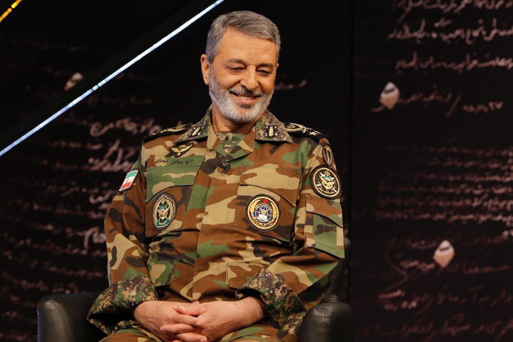 هشدار فرمانده ارتش ایران به اسرائیل و آمریکا/ ماجرای نشاندن هواپیمای حامل نظامیان آمریکایی