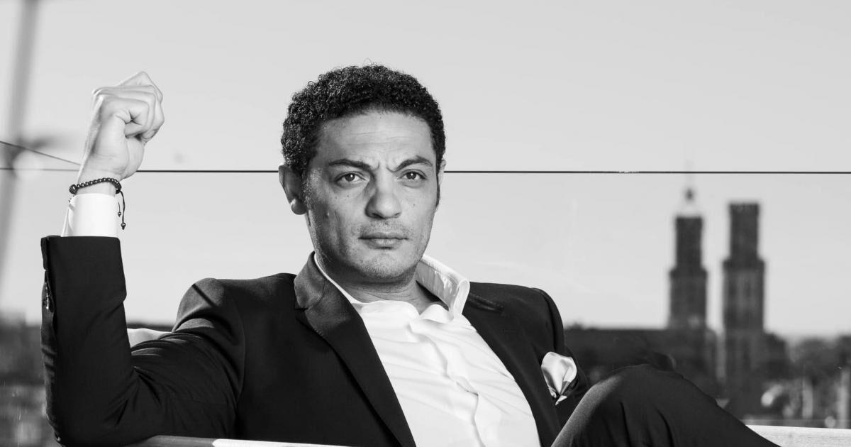 تاجر مصری، السیسی را به افشاگری تهدید کرد