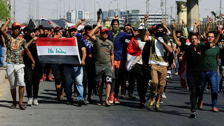 شلیک تکتیراندازها به معترضان| شمار کشتهشدگان ناآرامیهای عراق به ۶۵ نفر رسید| ۱۹۰ نفر زخمی شدند