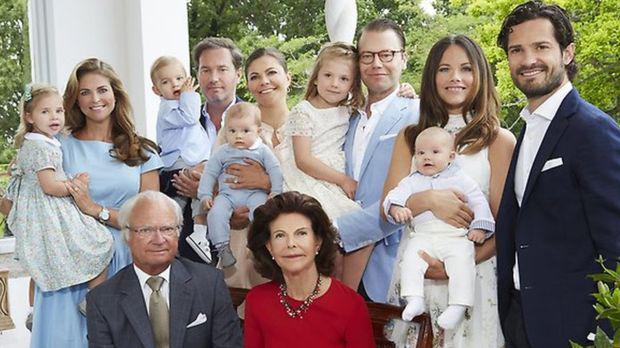 پادشاه سوئد پنج نوه خود را از امتیازات سلطنتی خلع کرد