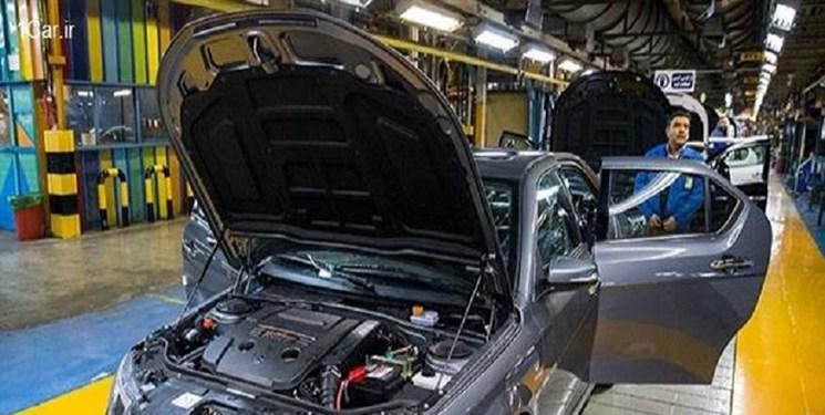 واکنش تند خودروسازان به اظهارات رئیس بانک مرکزی و تهدید به تعطیلی تولید خودرو: خودتان فشل هستید!