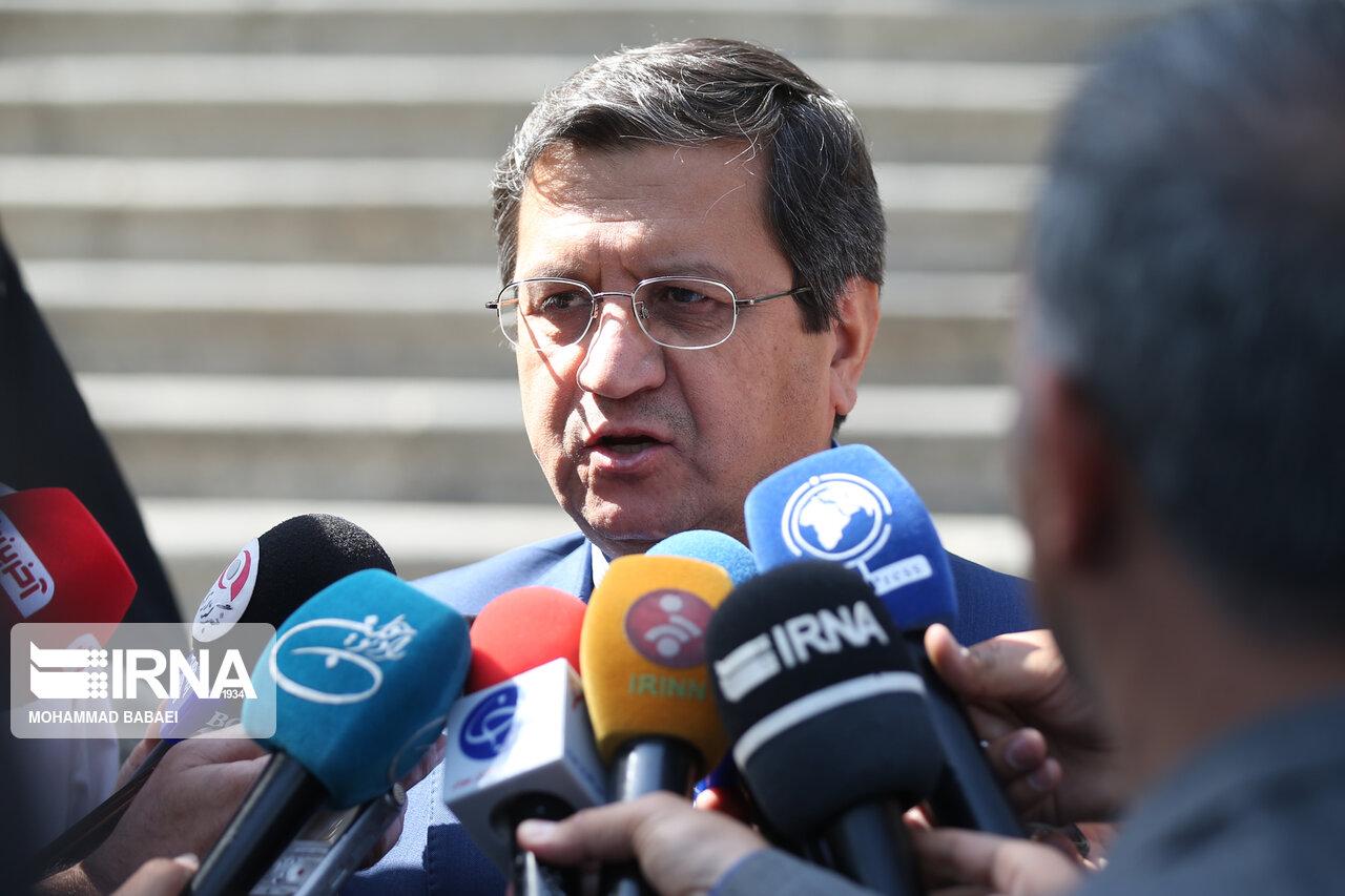 رئیس بانک مرکزی: استفاده اجباری از رمز پویا مقدور نیست