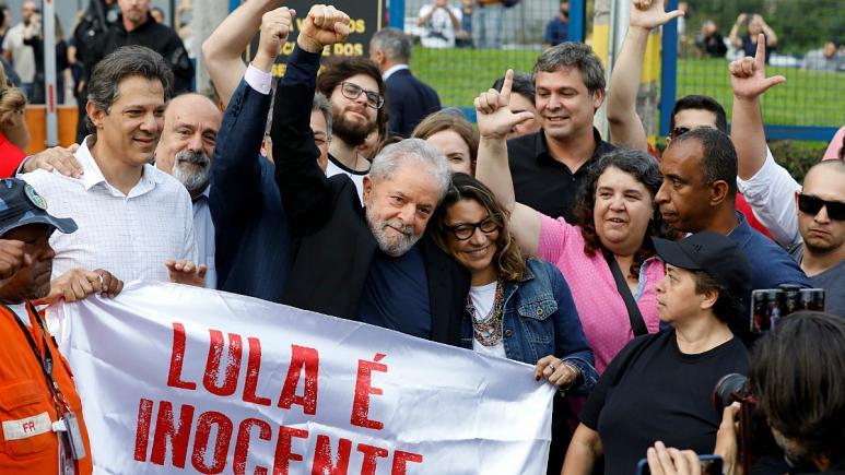 لولا داسیلوا، رئیسجمهوری سابق برزیل از زندان آزاد شد