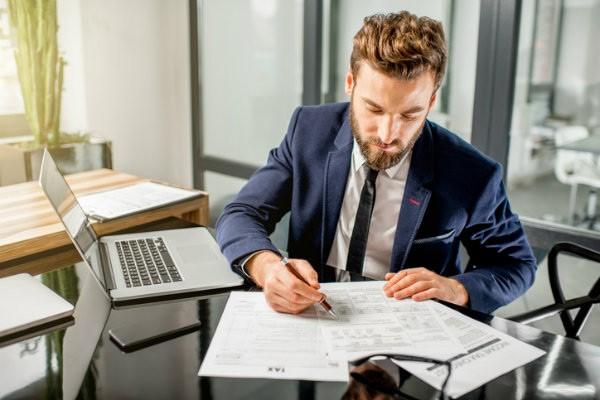 هوشمندانهترین راه برای انجام سختترین امور حسابداری چیست؟