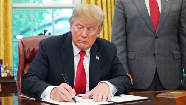 ترامپ فرمان تحریم ایران را تمدید کرد