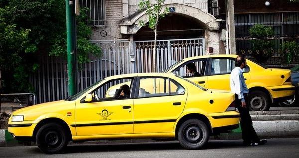 اجازه تغییر خودسرانه در نرخ کرایه تاکسی را نمیدهیم/ کارشناسان تاکسیرانی در حال بررسی قیمتها هستند/تمام تلاش خود را میکنیم تا تغییری در قیمت کرایه تاکسی نداشته باشیم
