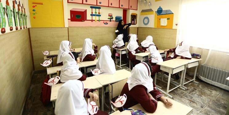 فرزندان اکثر مسؤولان در مدارس خاص تحصیل میکنند