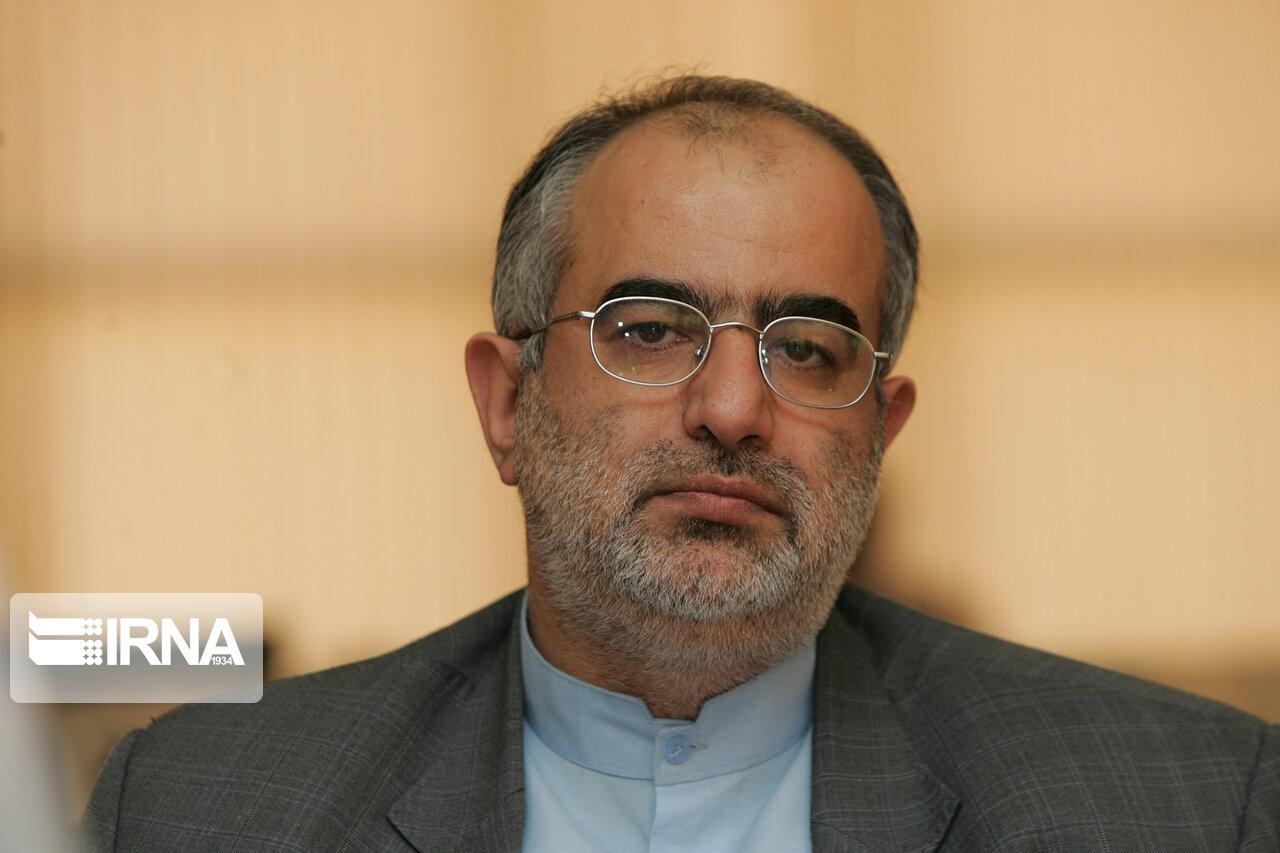 واکنش توئیتری مشاور روحانی به اعتراضات بنزینی: خیال کردند عملیات فروغ جاویدان 2 را کلید زدهاند