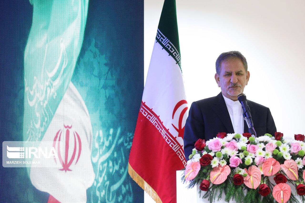 جهانگیری: مردم ایران با سیلی صورت خود را سرخ نگه داشتند و کمر خم نکردند