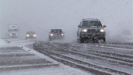 بارش برف و باران در اکثر محورهای مواصلاتی کشور