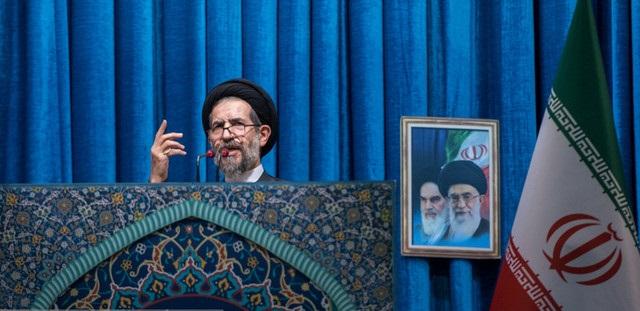 امام جمعه تهران: از مردم گاهی لغزش و خطا سر میزند و ناآرامیها بروز میکند/ مسئولان آنها را ببخشند