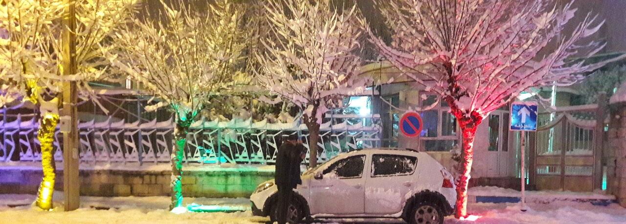جلوههایی از زیبایی شبهای برفی در تکاب/تصاویر