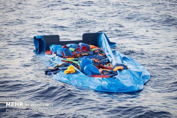 غرقشدن کشتی پناهجویان در سواحل ایتالیا/ جسد ۷ نفر کشف شد