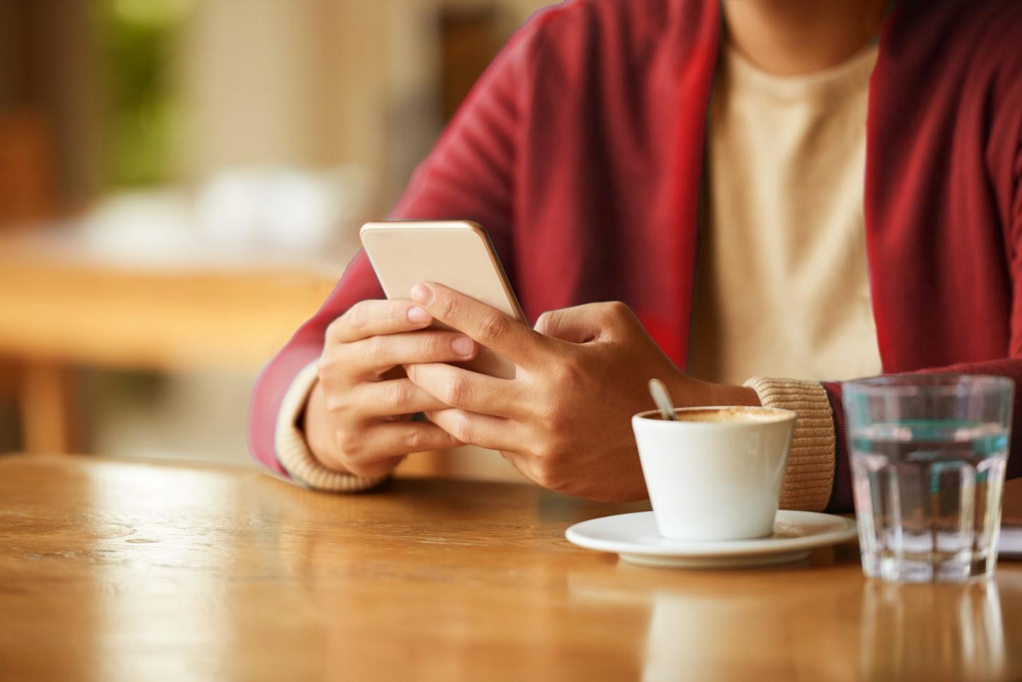 خرید بسته اینترنت همراه و 10 درصد تخفیف خرید شارژ سیم کارت با آپ