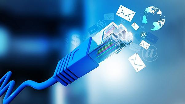 اینترنت خوزستان امروز وصل میشود/ اینترنت زهدانیها همچنان قطع خواهد بود