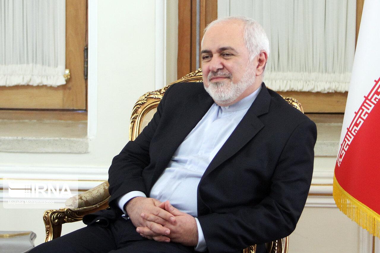 انتقاد ظریف از آمریکا: ایران نمیتواند تجهیزات و اقلام پزشکی را به سادگی خریداری کند