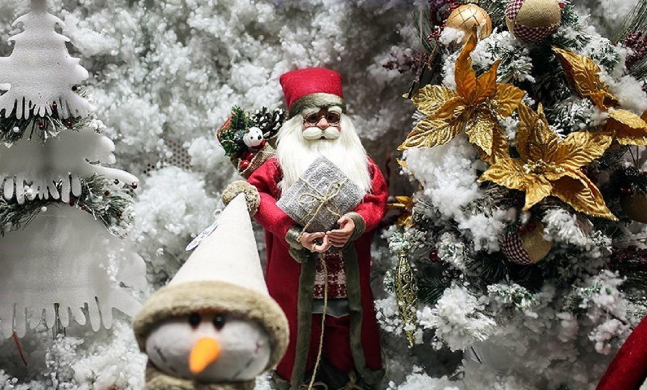 تصاویر  حال و هوای کریسمس در خیابانهای تهران